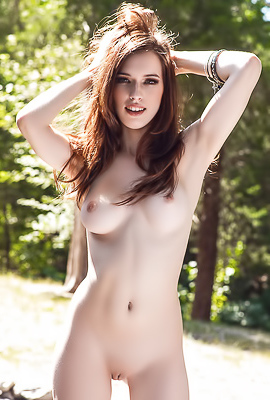 Hot Supermodel Caitlin McSwain casting for Playboy